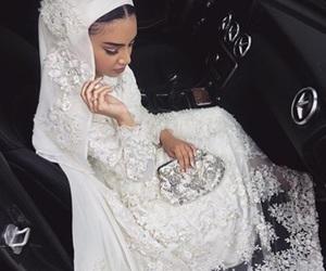 bridal, dress, and frappe image