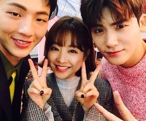 park bo young, park hyung sik, and jisoo image