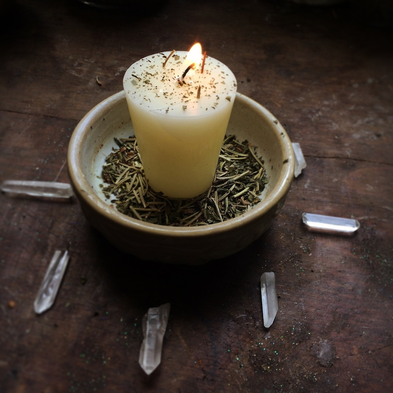 article and candle image