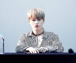 kpop, wanna one, and ha sungwoon image