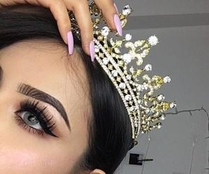 makeup, crown, and Queen image