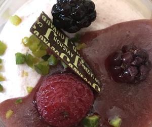 chocolat, fraise, and verrine image