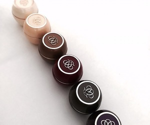 oriflame and lip products image