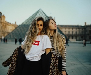 besties, fashion, and friendship image