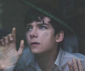 asa butterfield, blue eyes, and asa image