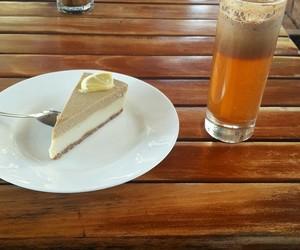 cheesecake, raw vegan, and apple and cinnamon image