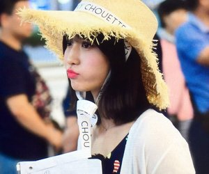 airport, momo, and twice image
