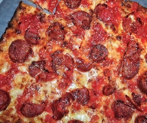cheese, pepperoni pizza, and cheesy image