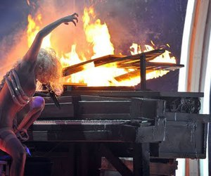 lady gaga speechless fire image