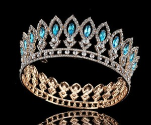 crown, expensive, and gold image