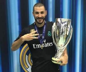 champion, winner, and footballer image