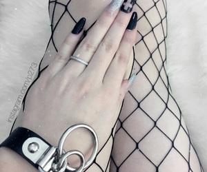 beautiful, longnails, and hand image