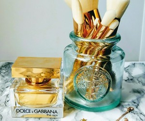 beauty, Brushes, and dolce and gabbana image