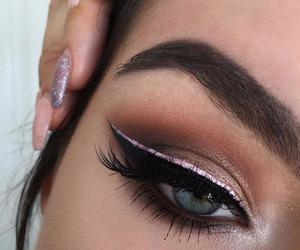 makeup, eyeshadow, and eyes image