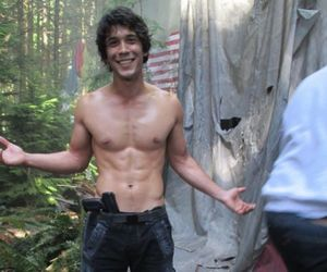 the 100, bob morley, and bellamy blake image