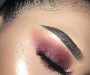 amazing, burgundy, and eyeshadow image