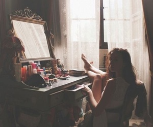 girl, vintage, and mirror image