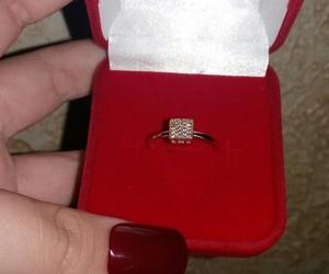 anel, ouro, and unha image