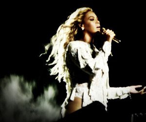 italy, milan, and formation world tour image
