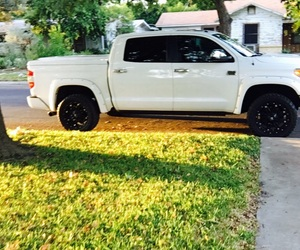 Toyota, tundra, and truck image