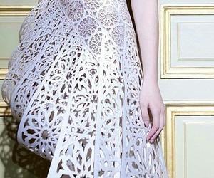 Luxo and dress festa image