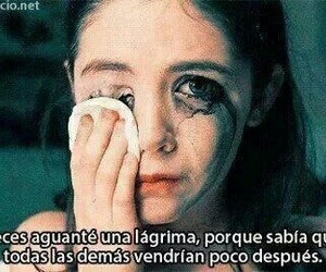 cry, frases, and lágrimas image