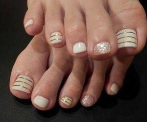 toenails image