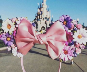 bow, disney land, and minnie image
