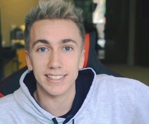 miniminter, simon minter, and sidemen image