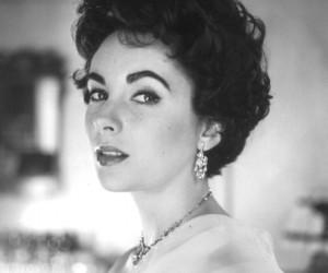 Elizabeth Taylor and cecil beaton image