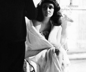 actress, hollywood, and Elizabeth Taylor image