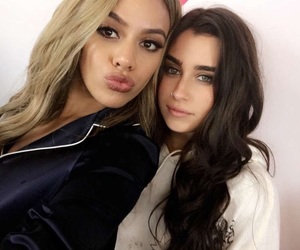lauren jauregui, fifth harmony, and dinah jane image