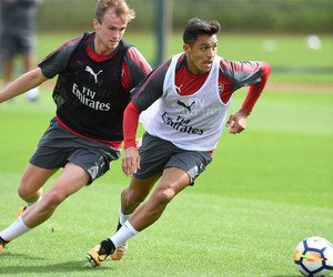 Arsenal, alexis sanchez, and rob holding image