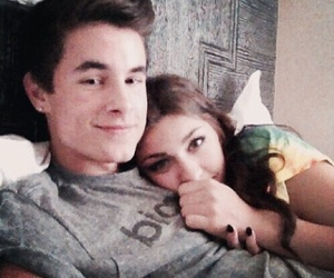 andrea russett, couple, and kian lawley image
