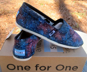 toms, galaxy, and shoes image