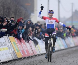 cycling, dutch, and cyclocross image