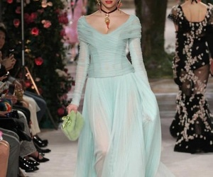 alta moda, fancy, and Queen image