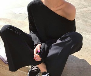 black, clothes, and korean image