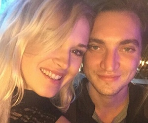 the 100, eliza taylor, and richard harmon image