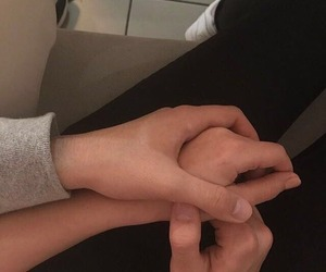aesthetic, holding hands, and indie image
