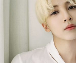 17, sexy, and jeonghan image