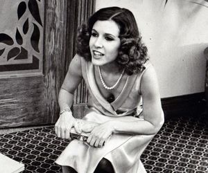 brunette, carrie fisher, and pretty image