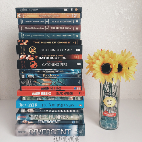 book, divergent, and the hunger games image