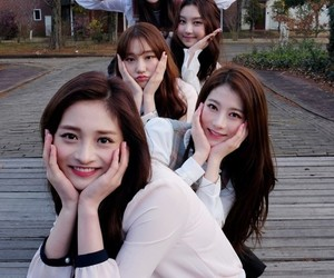 pristin, rena, and kpop image