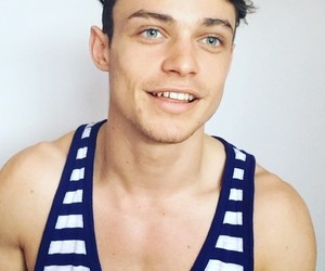 actor, funny face, and thomas doherty image