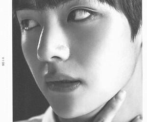 v, kim tae hyung, and bts image