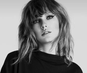 black and white, style, and lips image
