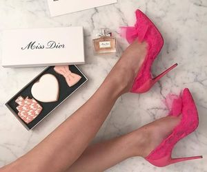 glam and shoes image