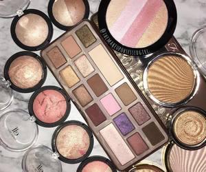 girl, make up, and eyeshadows image