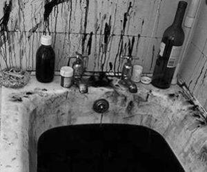 blood, bath, and black image